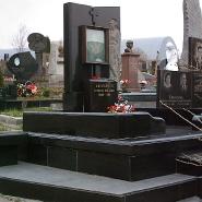 Вертикальный памятник_9