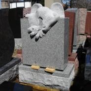 Памятник со скульптурой_7