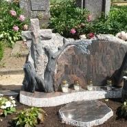 памятник с крестом_16