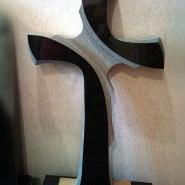 памятник с крестом_19