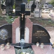 памятник с крестом_8